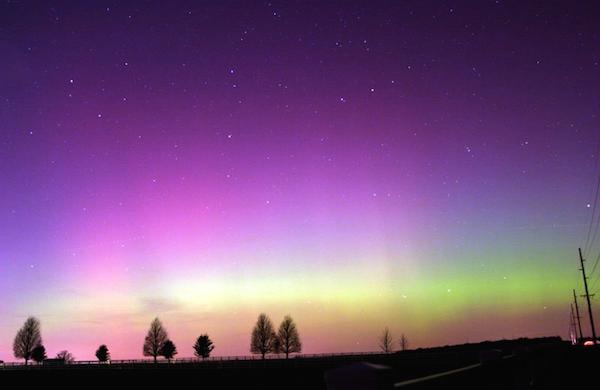 Diffuse glow aurora